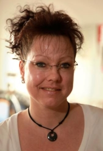 Michaela Hoyer, Rezeptionistin